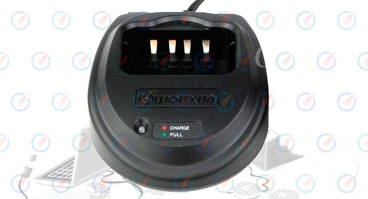 Зарядное устройство Wouxun CH-003